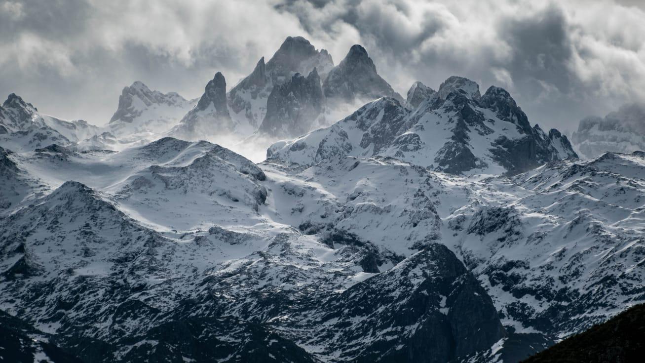 LLANES | Los Carriles... con un mirador abierto al viento, a las montañas y al mar... DESCUBRE!!