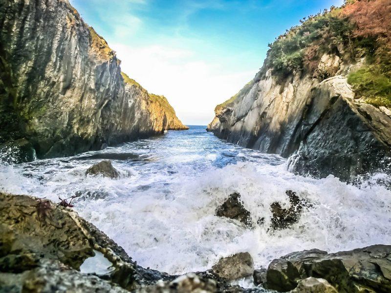 """Playa """"Canal""""… la magia del Mar recorriendo un estrecho canal para deleitarnos con una natural piscina"""